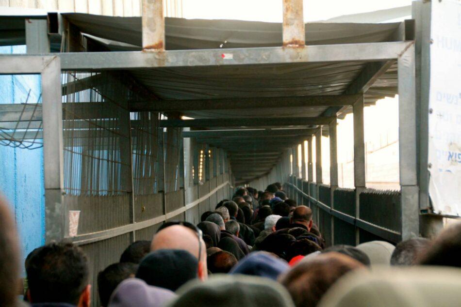 Palestina / Un Vídeo muestra la angustiante realidad de atravesar todos los días un Checkpoint israelí