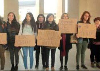 Chile. Entregan a Fiscalía denuncias de abuso y acoso sexual en la U. de Concepción