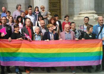 Unidos Podemos insta al Gobierno a acordar una Convención Internacional de los derechos LGTBI