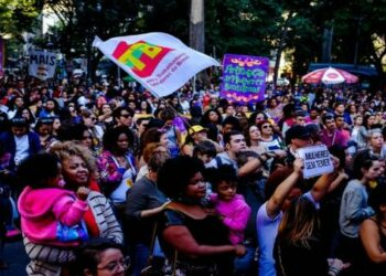 Mujeres brasileñas también dicen en masa «Fuera Temer»