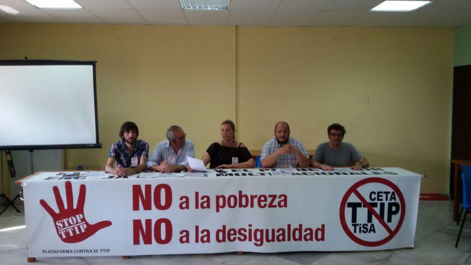 «La democracia y los servicios públicos  ¡No se venden, se defienden!»
