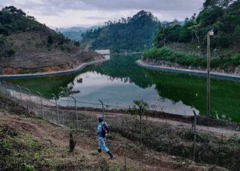 Obras de hidroeléctricas con participación de empresas españolas dañan el medio ambiente de comunidades indígenas en Centroamérica