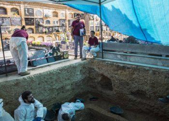 El PCE celebra la actuación de la jueza que ha permitido judicializar la exhumación de la Fosa 113 del Cementerio de Paterna