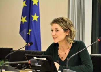 """Albiol denuncia que """"la ofensiva de la UE contra las ONG"""" que trabajan en el Mediterráneo sólo persigue """"encerrar en Libia a los migrantes"""""""