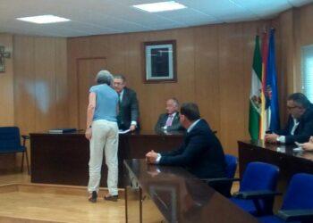 Caravana Abriendo Fronteras traslada al ministro Zoido sus reivindicaciones en Roquetas de Mar