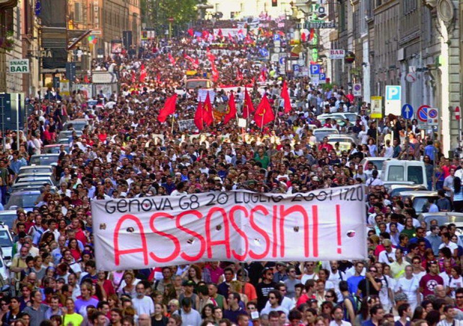 Se cumplen 16 años del asesinato de Carlo Giuliani por parte de la policía italiana durante las protestas contra el G8 en Génova