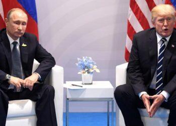 Putin y Trump acordaron dialogar sobre temas de interés global
