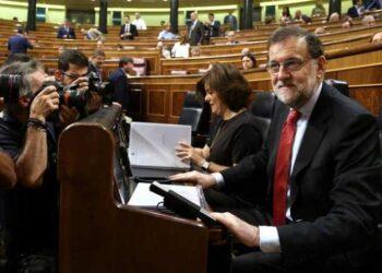 Rajoy vuelve a recurrir a Venezuela para eludir corrupción en su partido en la última sesión de control al Gobierno