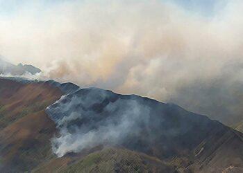 Para CCOO, la reducción de presupuestos en la prevención y extinción, junto al incremento de las olas de calor, están agravando el riesgo de incendios forestales