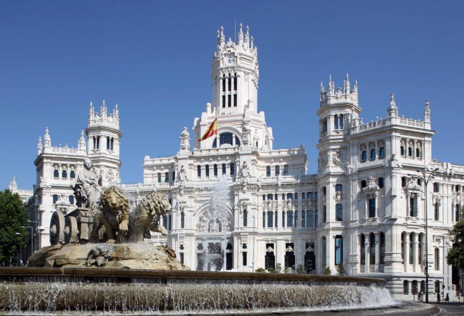 Ahora Madrid muestra su apoyo y solidaridad con la ciudad de Barcelona