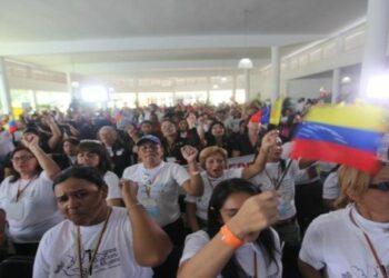 Congreso Binacional de Mujeres rechaza ataques de Juan Manuel Santos a Venezuela