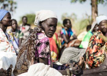 ONU: Un millón de sursudaneses han cruzado la frontera a Uganda