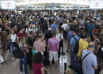 En Comú Podem demana la compareixença del Ministre de Foment perquè expliqui què pensa fer per solucionar la situació a l'Aeroport de El Prat