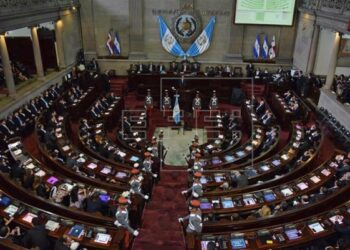 Corte de Guatemala cancela expulsión del comisionado de la Cicig
