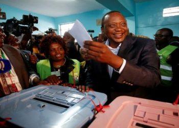Oposición denuncia fraude en recuento de votos en Kenia
