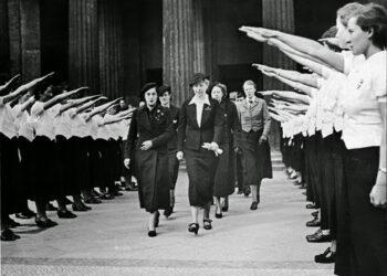 El ideario femenino de Falange contra el feminismo republicano