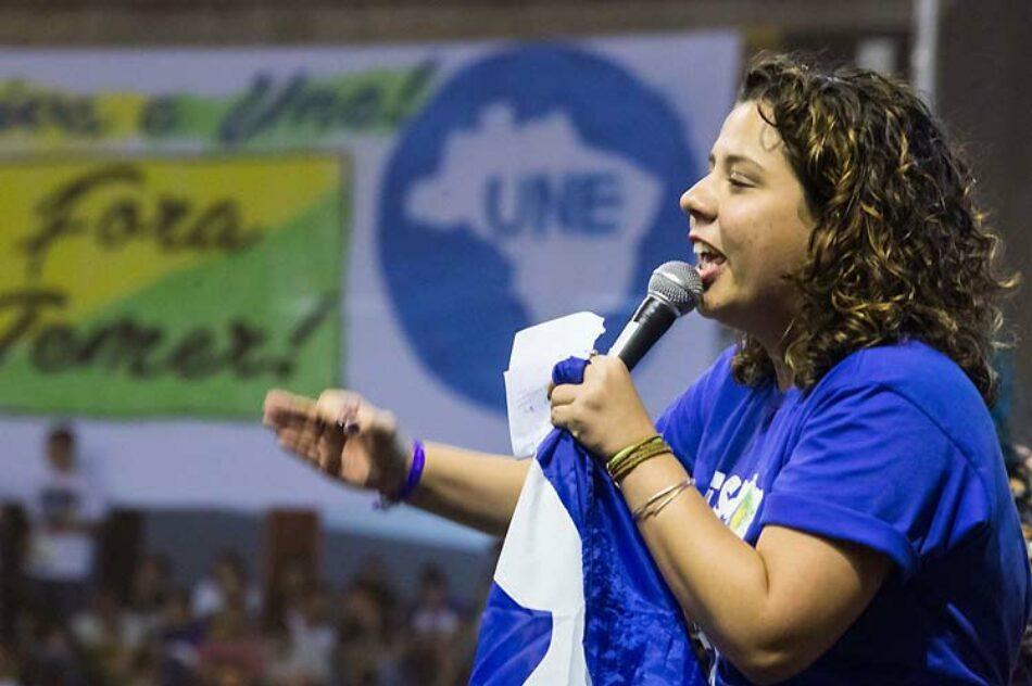 Juventud brasileña promete mes de resistencia contra Michel Temer