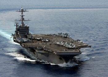 Seúl y Washington consideran el posible despliegue de un portaviones y bombarderos