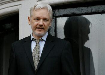 Assange: «Las constantes amenazas de EE.UU. contra Pionyang lo han puesto en pie de guerra total»