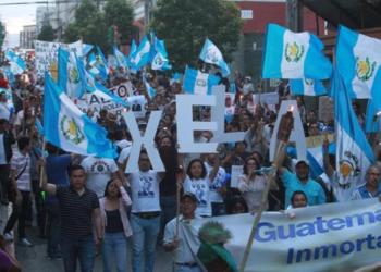 Foro Guatemala busca diálogo sin Gobierno y Congreso