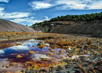 ADEGA alerta que el proyecto de reapertura de la mina de Touro no solucionará el desastre ambiental provocado por la anterior explotación de cobre