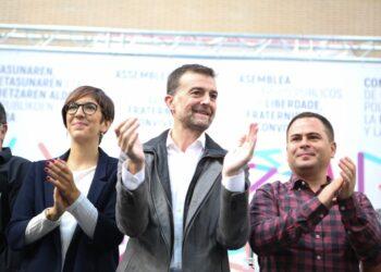 Maíllo llama a construir la alternativa al conflicto catalán con una propuesta republicana y federal que favorezca el encaje de todos los pueblos del Estado