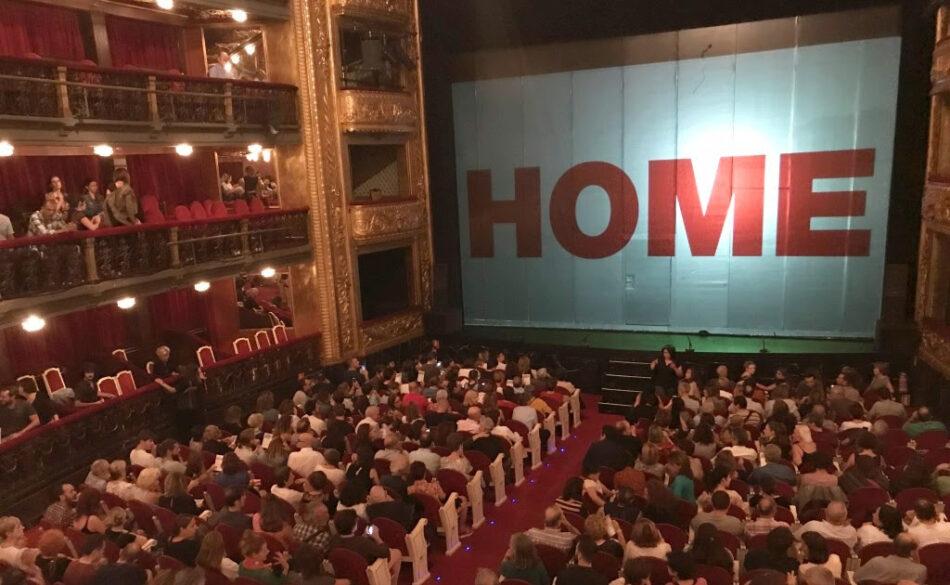 Éxito rotundo de la obra 'HOME' en el Teatro Español, en apoyo de los centros para las refugiadas sirias de Alianza por la Solidaridad