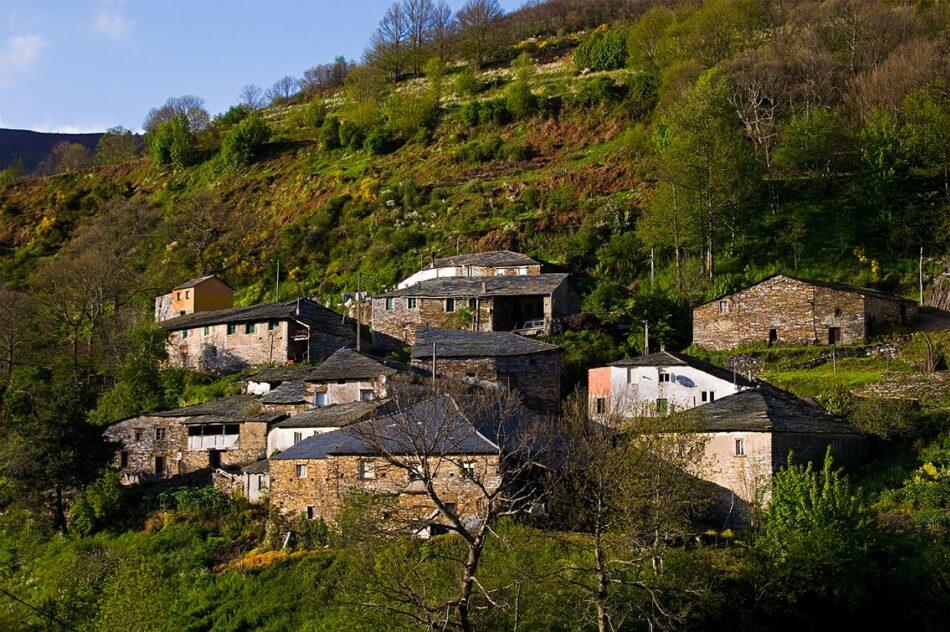 En Marea esixe á Xunta de Galicia que acabe co illamento ao que teñen sometido á veciñanza do Courel