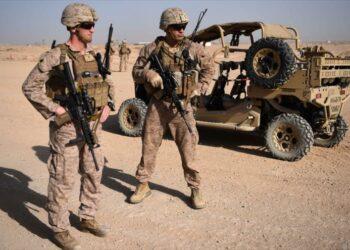 Mattis: retirarse de Afganistán sería 'a nuestro propio riesgo'