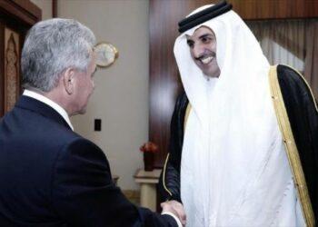 Gobiernos de Rusia y Qatar firman acuerdo de cooperación militar y técnica