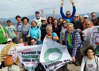 Día de Acción de Amigos de la Tierra, murales por la justicia climática y energética