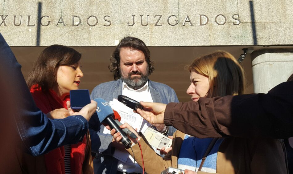 Esquerda Unida denuncia á Fundación Francisco Franco pola negación de delitos de lesa humanidade e enaltecemento da figura do ditador
