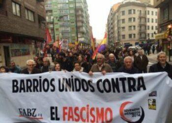 La P.A.Z. denuncia la proliferación de neonazis en las manifestaciones -por la unidad de España