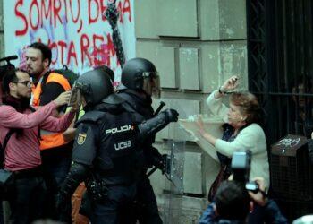 La CGT condena la represión del Estado español al pueblo catalán por querer ejercer el derecho al voto