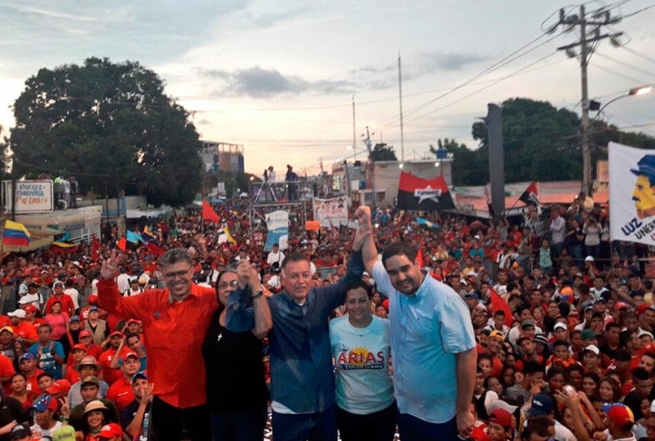 El chavismo se juega su futuro en las elecciones regionales de mañana