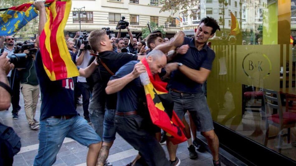 Los medios de comunicación silencian las agresiones fascistas