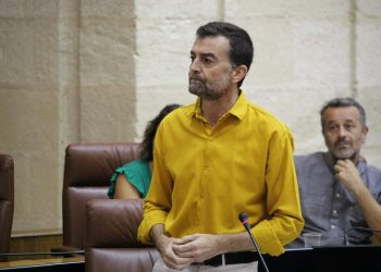 Maíllo rechaza la política de ayudas a autónomos por la burocracia de la Junta y anuncia que IU retoma la banca pública