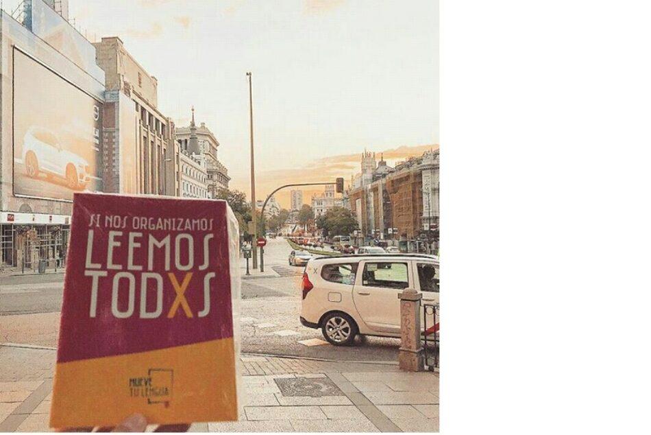Mueve Tu Lengua reparte 25.000 libros gratis por Madrid y Barcelona