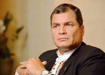 Correa a RT: «Si siguen destruyendo mi patria, volveré a la presidencia»
