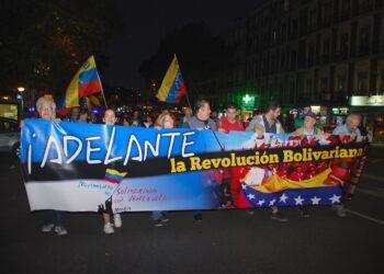 Manifiestan en Madrid en apoyo a la Revolución Bolivariana contra la injerencia  el bloqueo