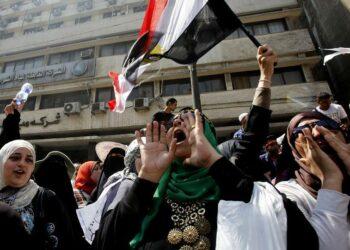 """IU denuncia la """"escalada represiva sin límites"""" de la dictadura egipcia contra las personas LGTBi"""