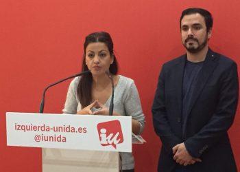 """Garzón critica a los que buscan convertir el 21D en un """"plebiscito"""" sobre el independentismo y respalda una candidatura con un """"proyecto de país en positivo"""" que no olvida las """"cuestiones sociales"""""""