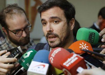 """Garzón ve un """"despropósito jurídico"""" la citación hoy a los miembros de la Mesa del Parlament en una actuación judicial que sólo sirve para """"agravar el problema político, no resolverlo"""""""