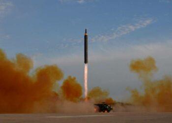 Corea del Norte prueba misil nuclear capaz de alcanzar todo el territorio de EEUU