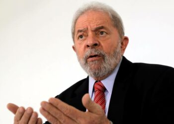 Lula lidera intención de votos para elecciones, según sondeo