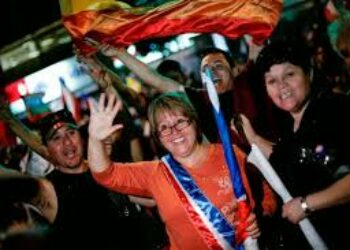 Chile. Bachelet desafiada por abstención: Me equivoqué con voto voluntario