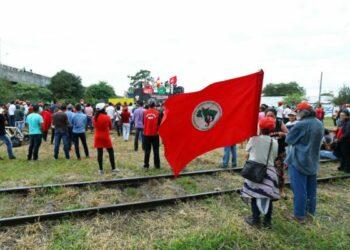 """Alba Movimientos se solidariza con el Movimiento de Trabajadores Rurales sin Tierra en Brasil y exige garantías a la integridad física de personas en campamento """"Hugo Chávez"""" en Pará"""