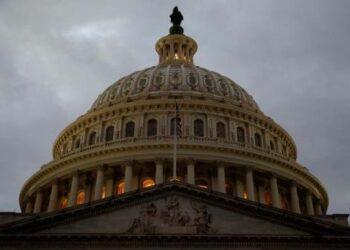 Senado de EE.UU. aprueba reforma fiscal de Trump