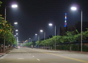 León en Común lamenta que el cambio de luminarias no se haga desde lo público
