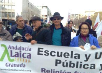 Denuncian cuatro nuevos cursos de la Universidad de Granada para la formación de adoctrinadores infantiles católicos